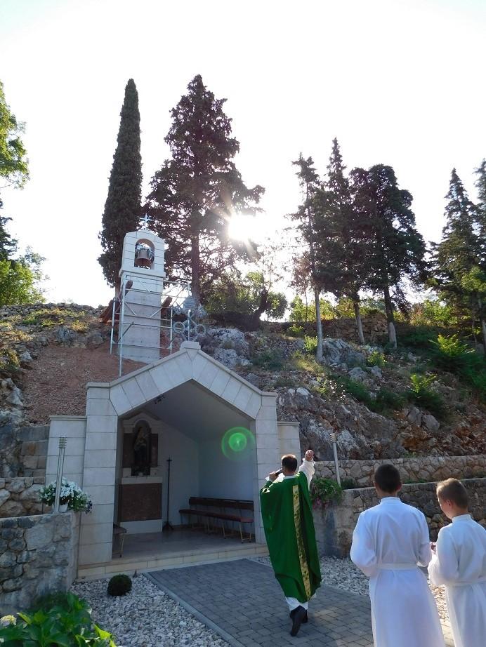U Vinjanima se slavi zavjetni blagdan Gospe Žalosne