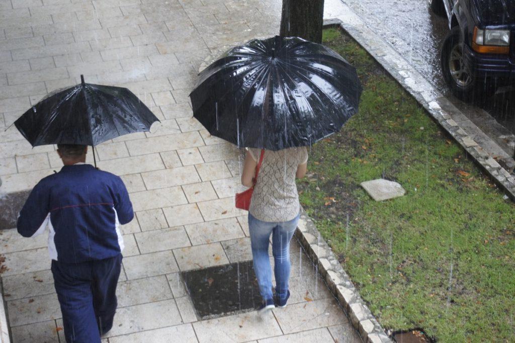 Utorak: ponegdje kiša, relativno toplo