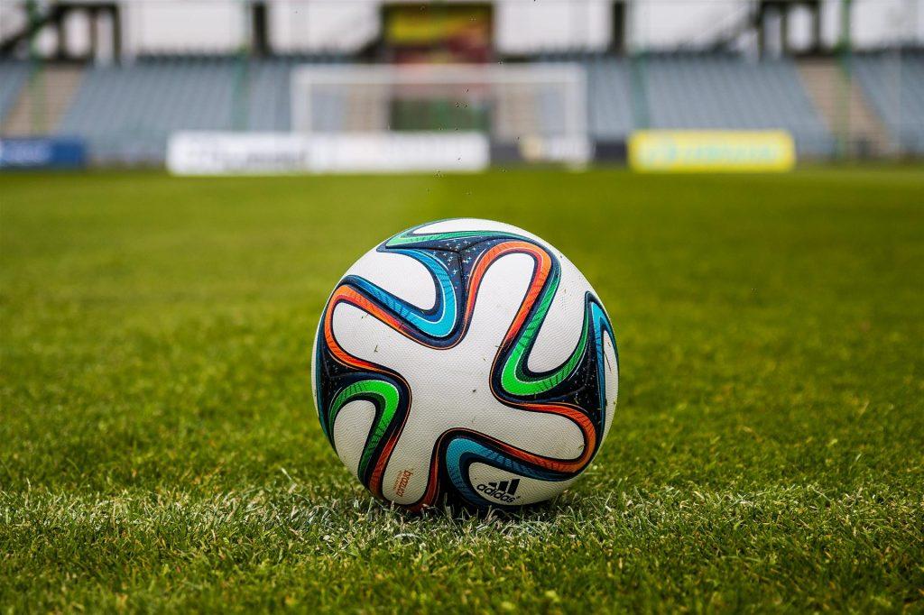 Sve je spremno za nogometni derbi u Zmijavcima