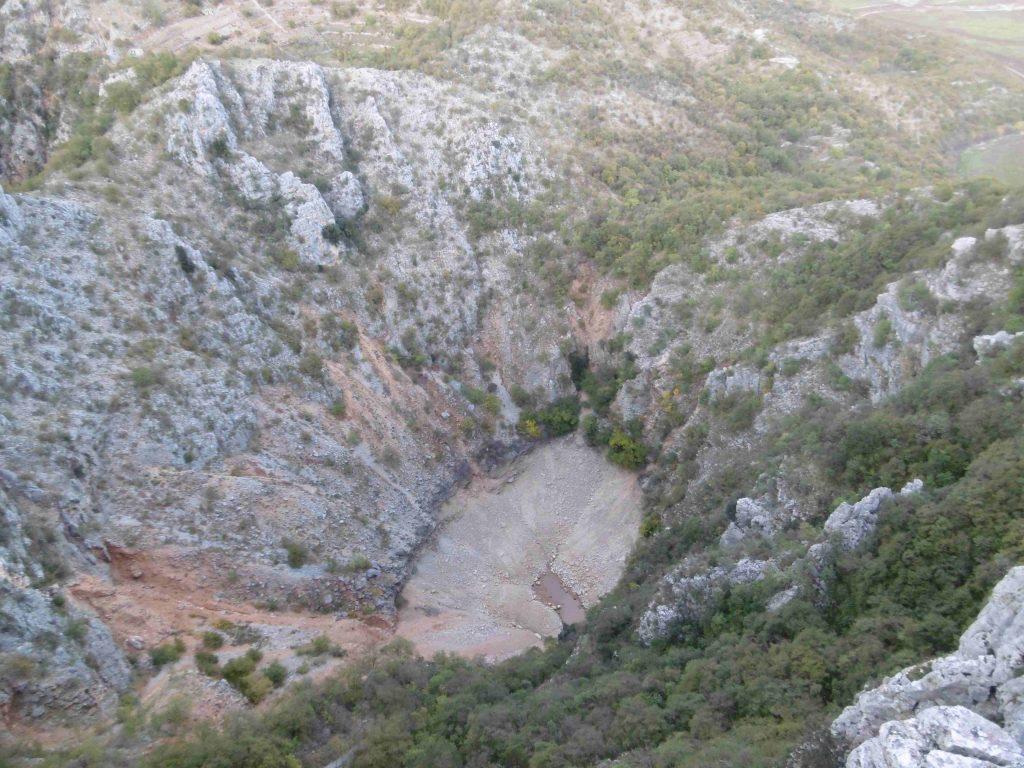 Presušilo Knezovića jezero u Lokvičićima