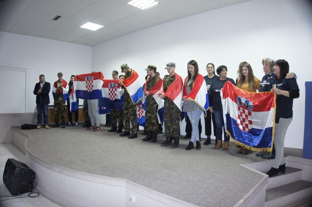 """Prepuna dvorana POU na prikazivanju filma """"Oni su Hrvatska"""""""