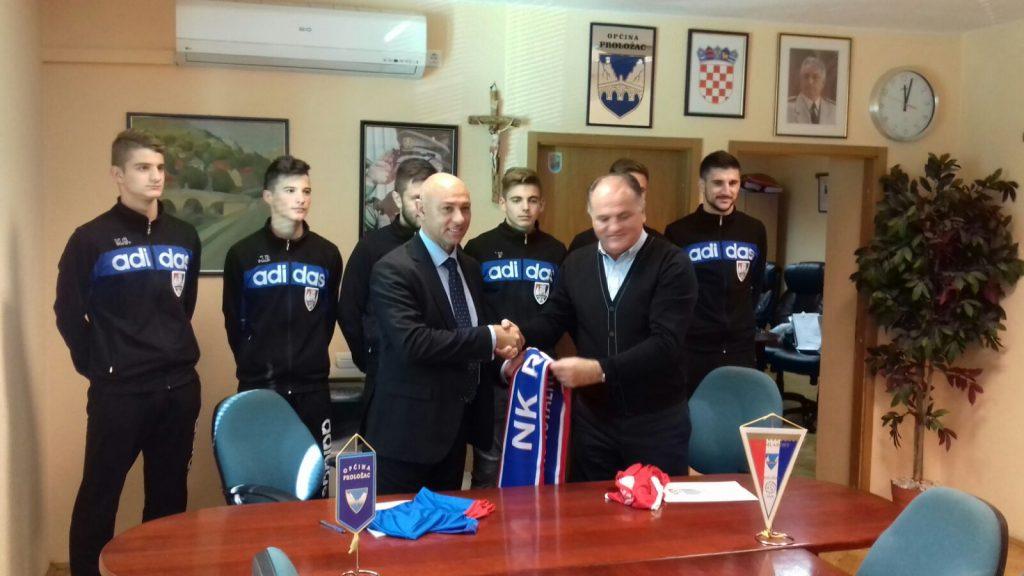 Potpisan je ugovor o suradnji Mladosti i Rudeša