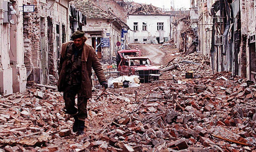 CISTA VELIKA: Paljenje vatrenih kugli u spomen pada Vukovara