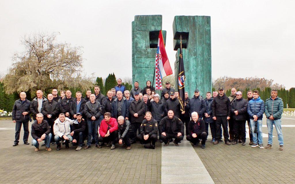 Pripadnici 115. brigade odali počast žrtvi Vukovara