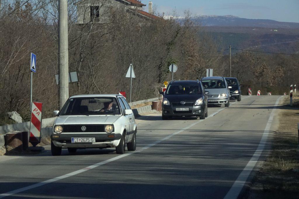 Radovi na prometnici Grubine-Zagvozd
