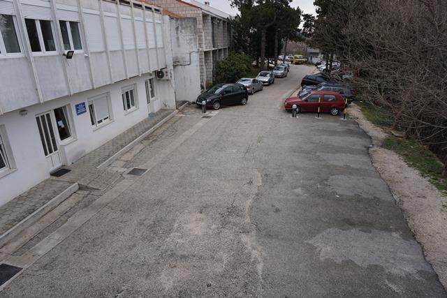 Uskoro novo parkiralište u okružju Doma zdravlja u Imotskom
