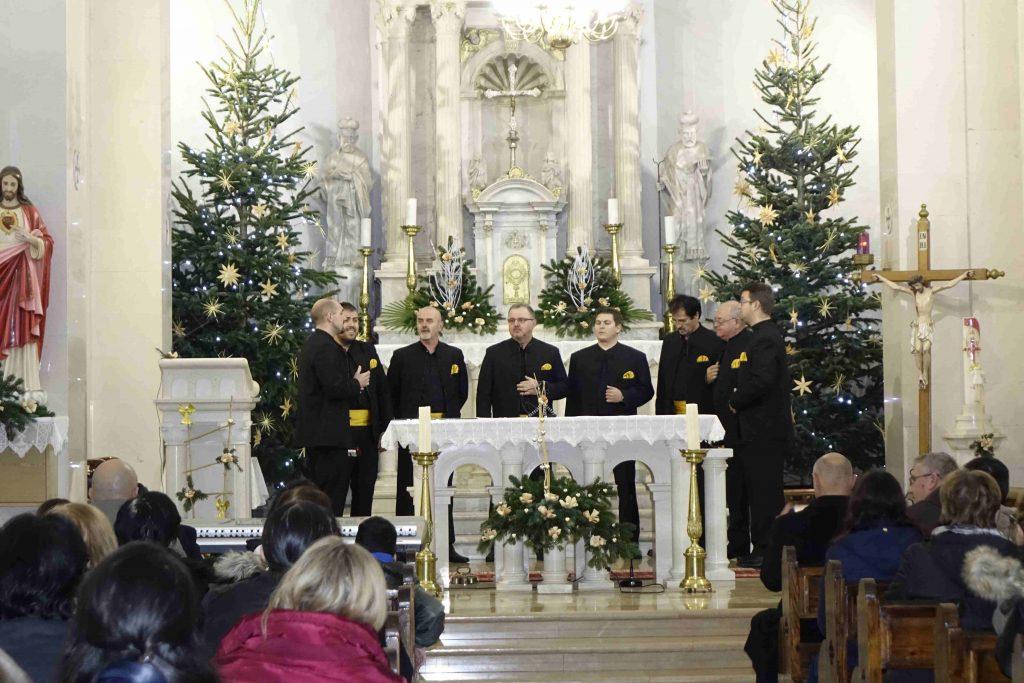 Jubilarni božićno-novogodišnji koncert klapa u Prološcu