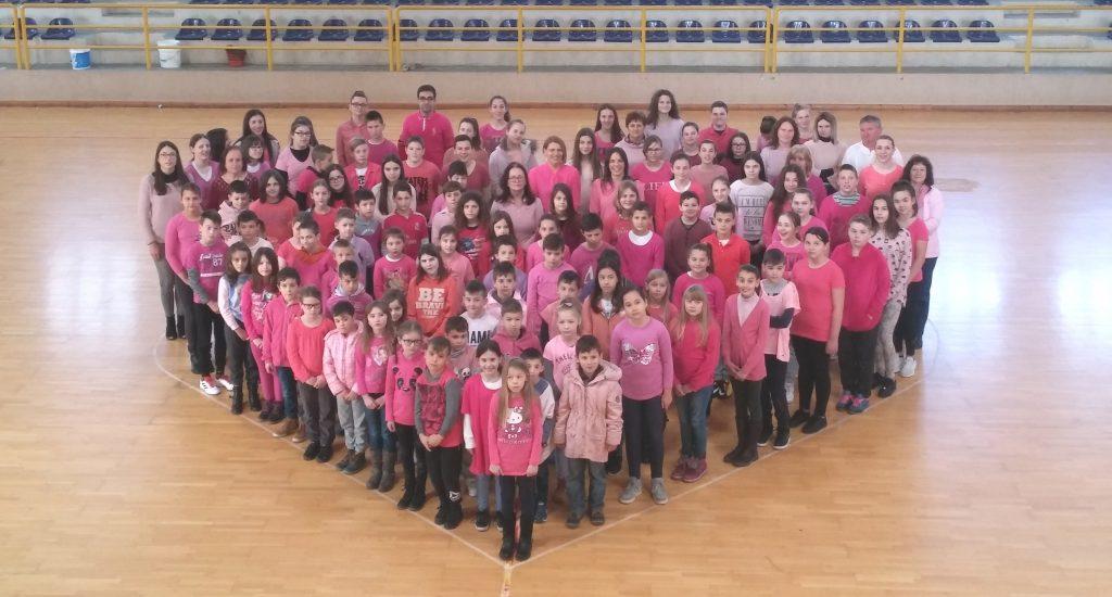 Runovićka škola obilježila Dan ružičastih majica