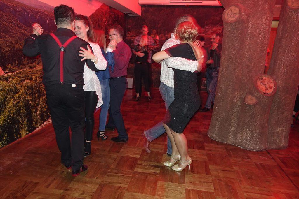 Plesna večer u Imotskom