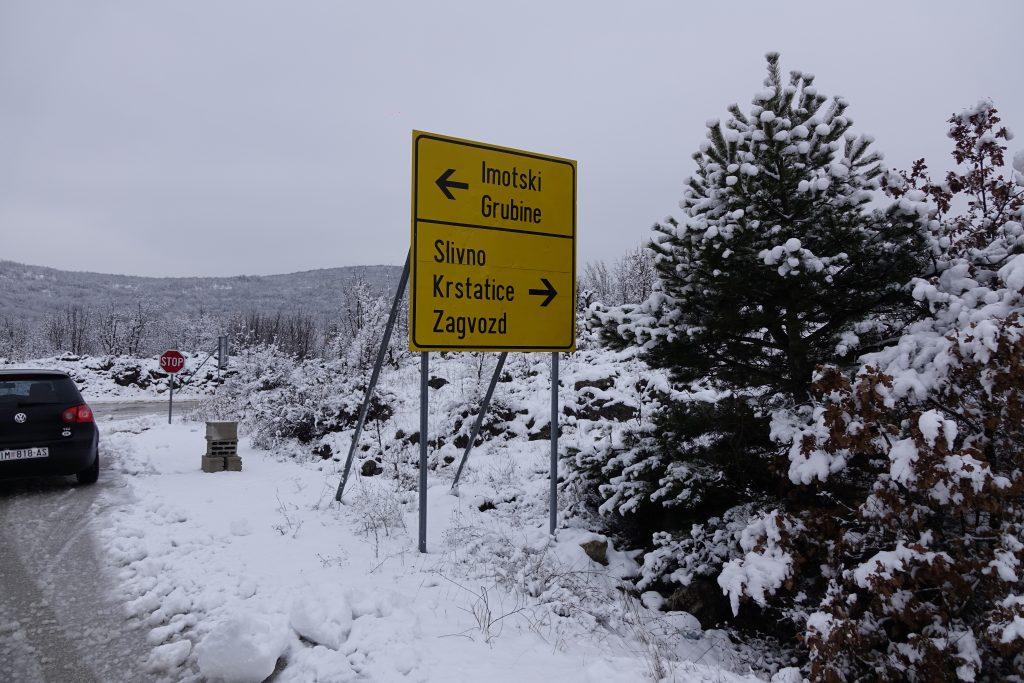 Snijeg zabijelio veliki dio Imotske krajine