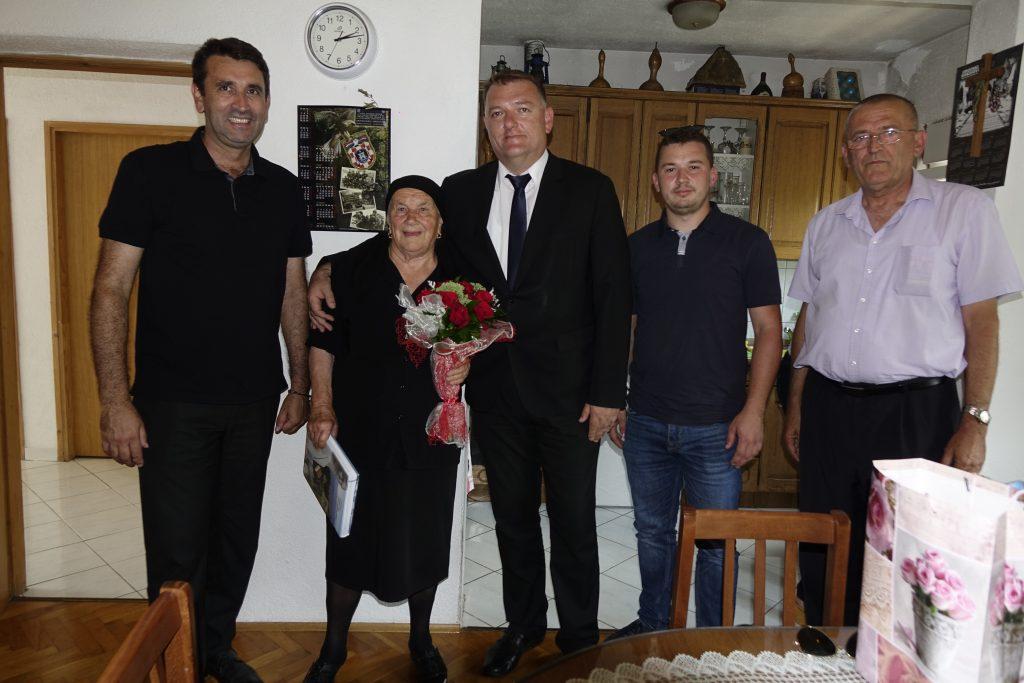 Majka Milana Trutina Šilje proslavila 90. rođendan