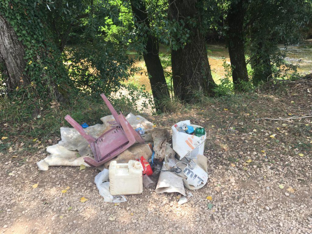 APEL SLUŠATELJA: Ne bacajte otpad na plaže uz Vrljiku