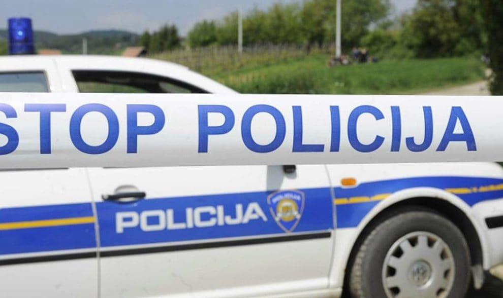Imotski: Napad i prijetnje nožem policijskim službenicima