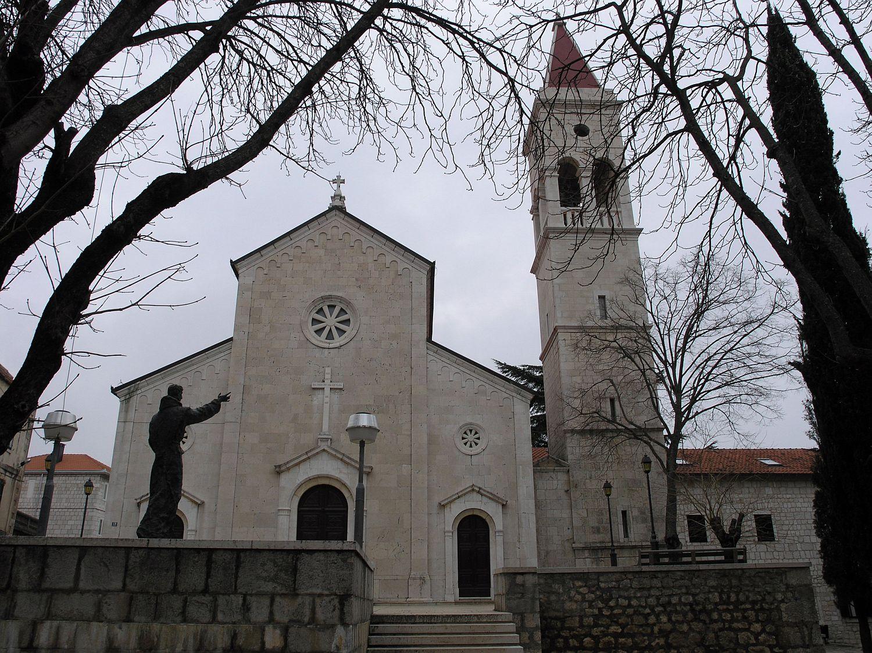 Msgr. Marin Barišić uputio preporuku za odgađanje sakramenata Prve pričesti i Potvrde u 2021. godini