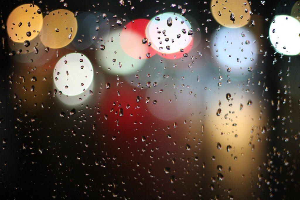 UPALIO SE CRVENI METEOALARM Jugo već ima olujne udare, u Zagori sutra može pasti preko 100 litara kiše!