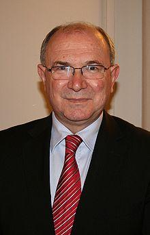 """AUDIO: prof.dr.sc Mate Granić najavljuje tribinu """"Diplomatske aktivnosti i uvjeti za međunarodno priznanje RH"""""""