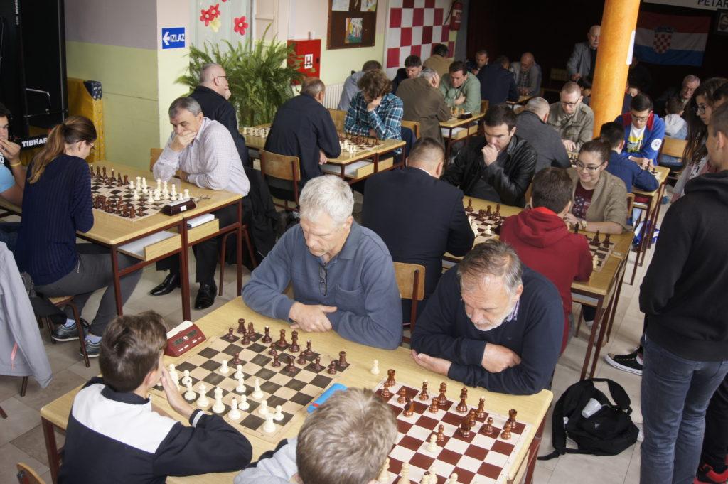 U Aržanu se danas održava šahovski Kup županije