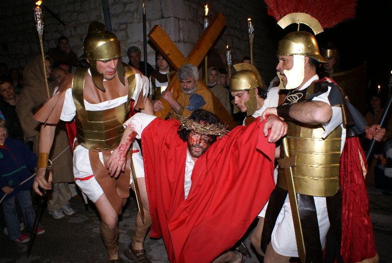 U punom tijeku pripreme za 20. jubilarne Žive slike muke Isusove