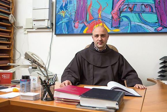 AUDIO: Imotski gvardijan fra Kristijan Stipanović najavio 20. prikaz Živih slika Muke Isusove