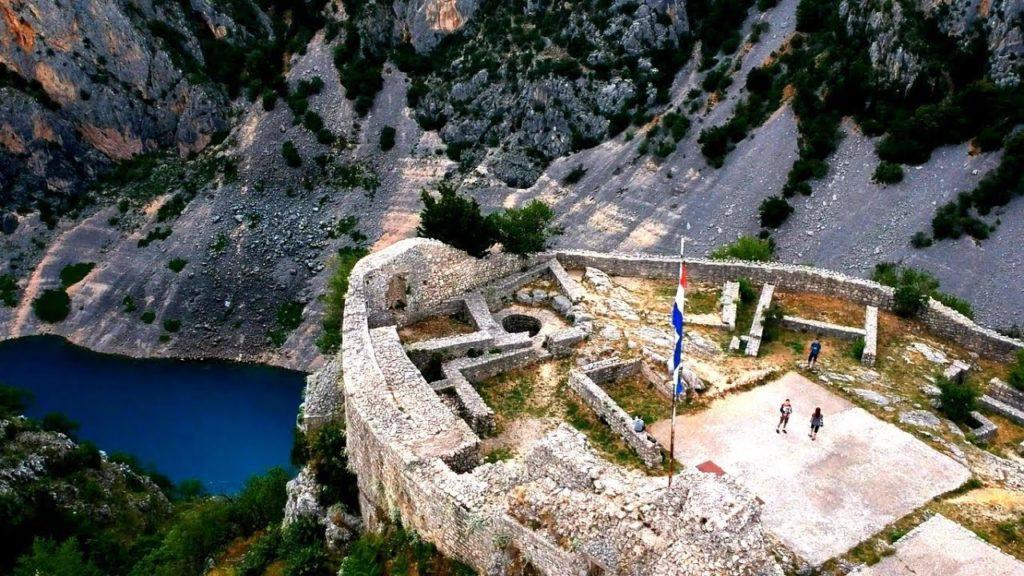 Od prvog svibnja kreće naplata ulaznica na jezera i tvrđavu Topanu