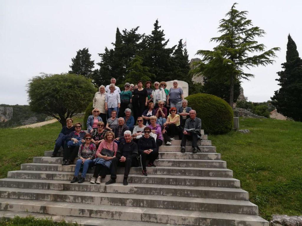 Kaštelanski umirovljenici u posjetu Imotskom