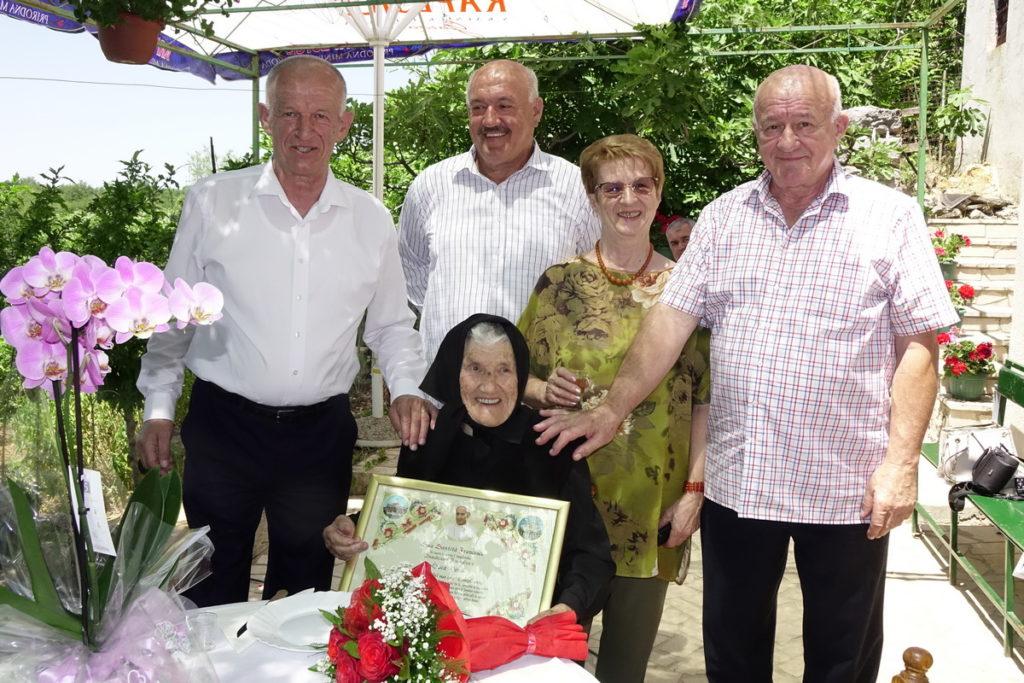 Luca Đerek proslavila 100. rođendan