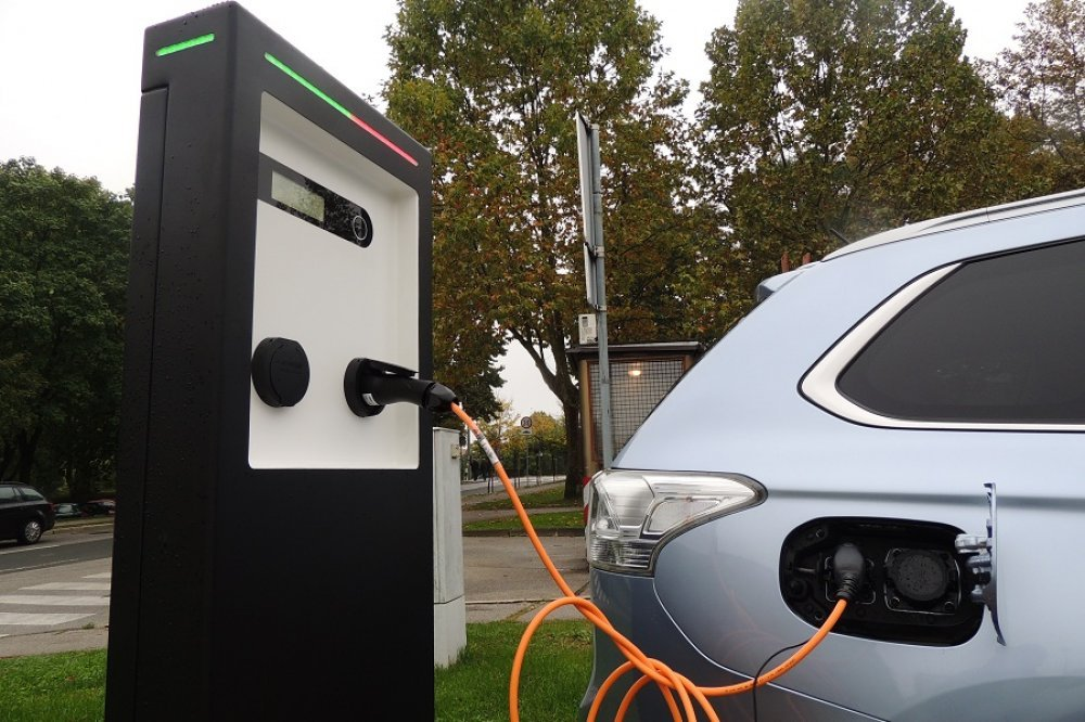 Prva punionica za električne automobile u Imotskoj krajini