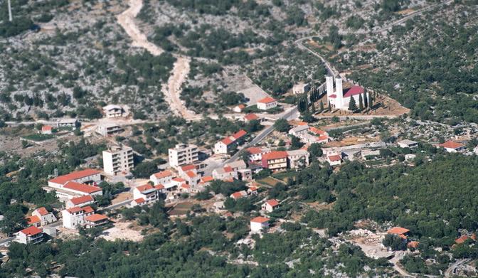 Svečano otvorenje ceste Krstatice-Zagvozd i magistralnog vodovoda