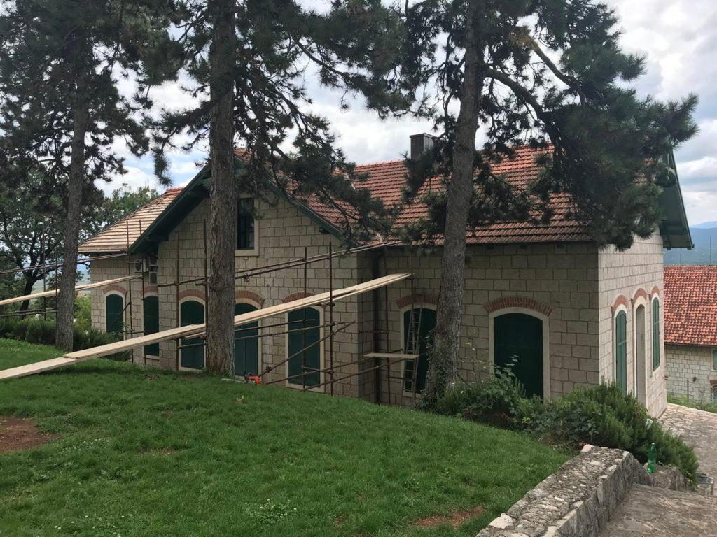 Započela obnova sjeverne strane krovišta Zavičajnog muzeja u Imotskom