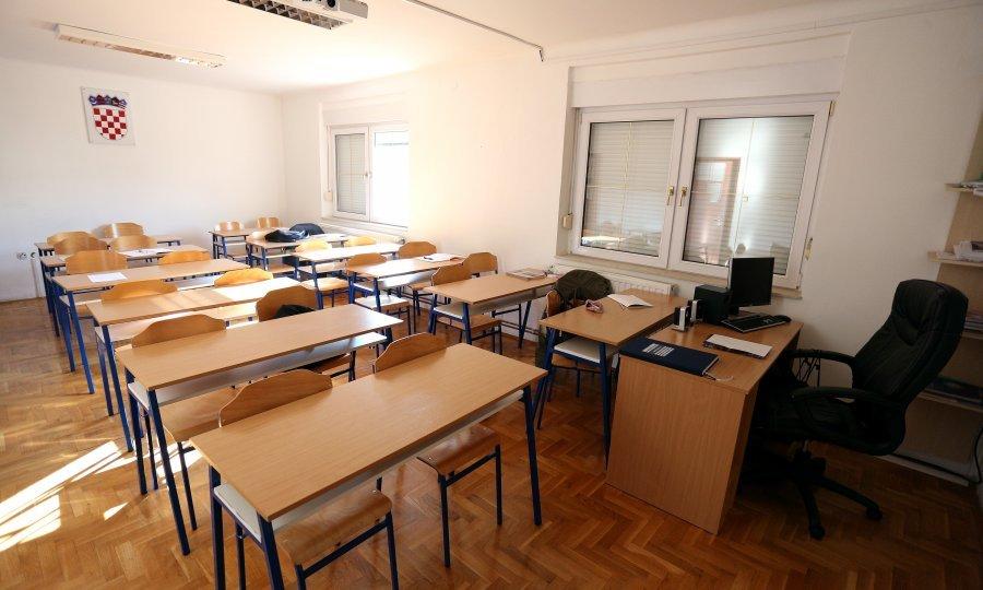 54 učenika manje na području Imotske krajine