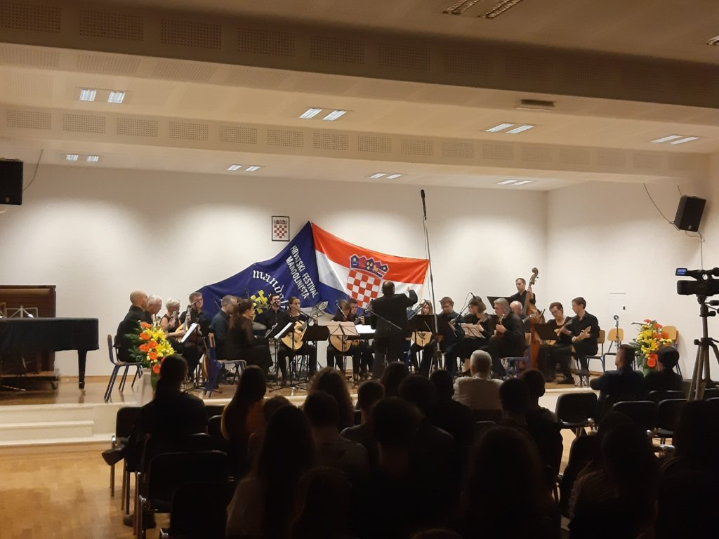 "Svečano otvoren Festival mandolinista ""Mandolina Imota"""