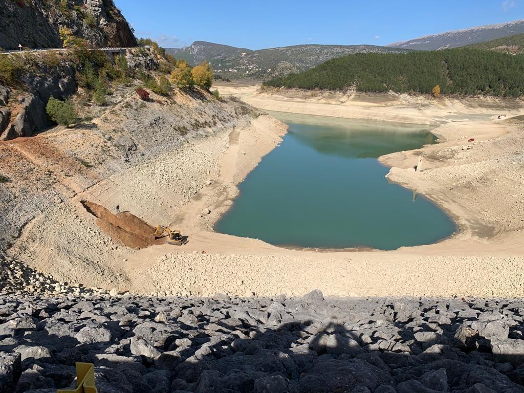 Pripremni radovi za ispitivanje dna Zelenog jezera