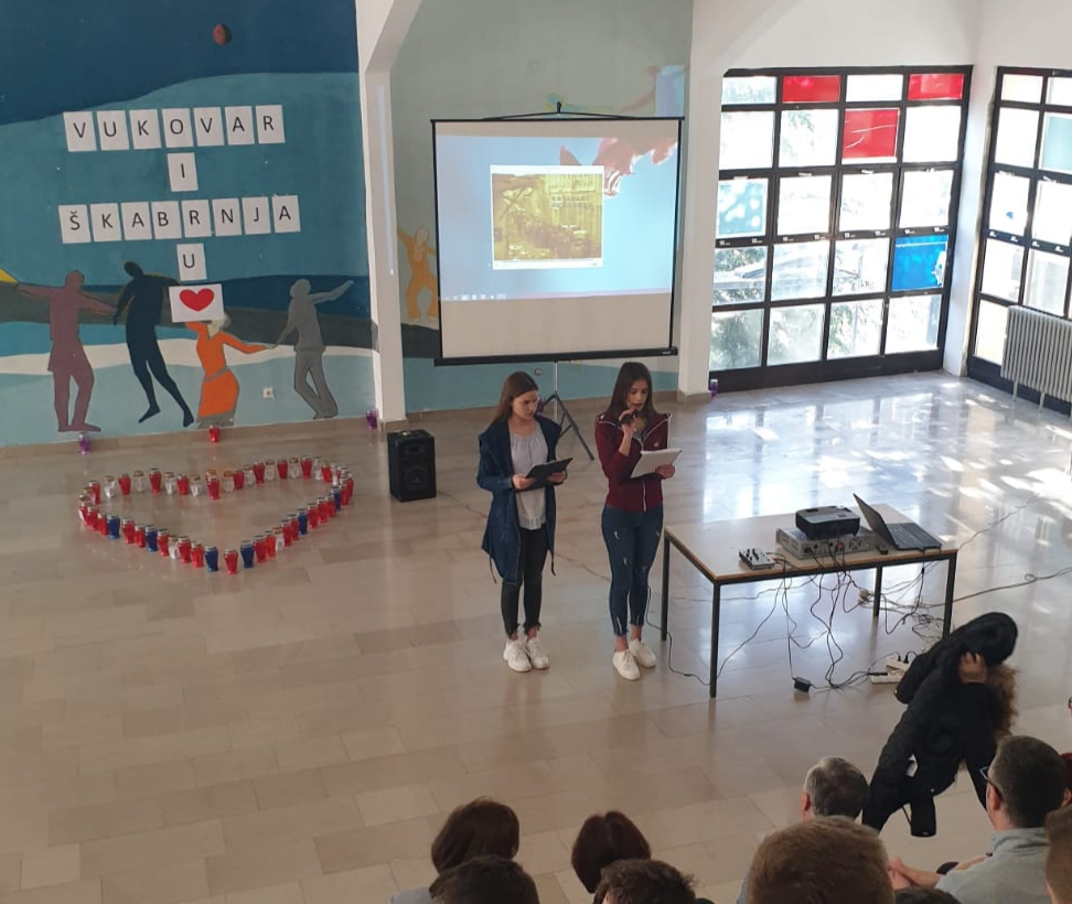 Imotski srednjoškolci obilježili Dan sjećanja na žrtvu Vukovara