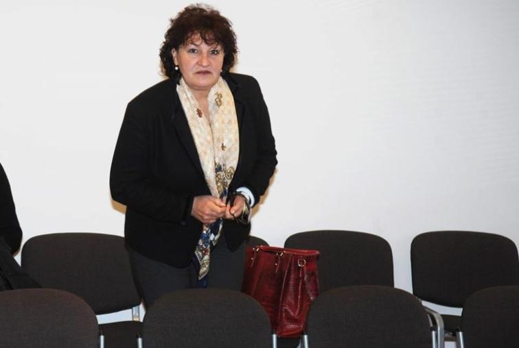 Imotska bankarica i njeni 'pomoćnici' osuđeni na zatvorsku kaznu: zajedno sa satnikom HV-a i direktoricom poduzeća iz Ljubuškog s računa klijenata prebacila više od četiri milijuna kuna