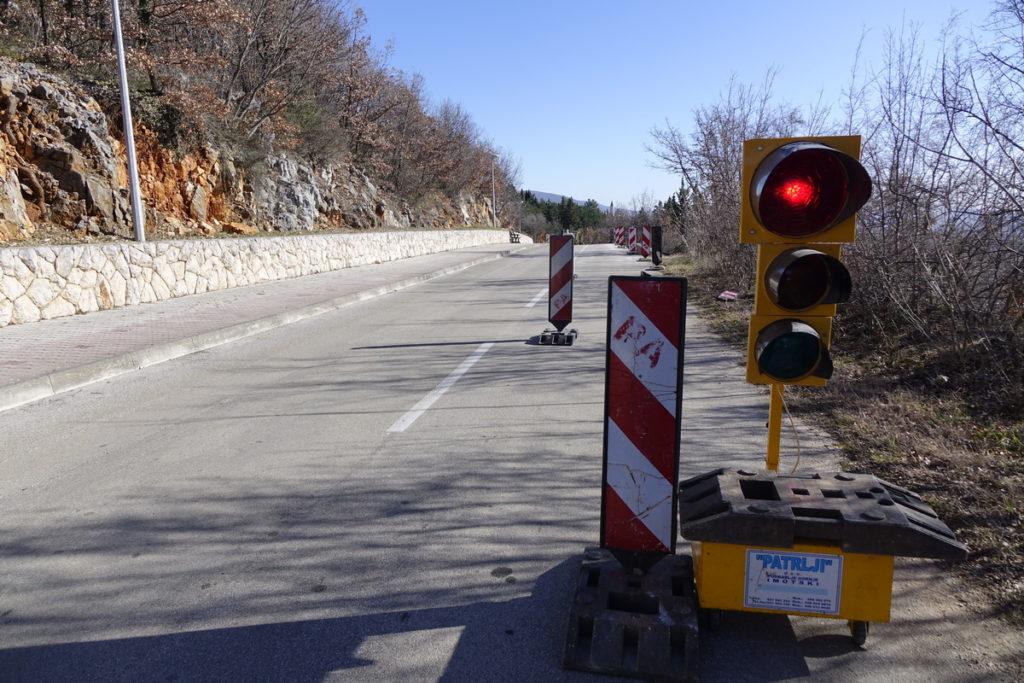 Radovi na prometnici prema Crvenom jezeru