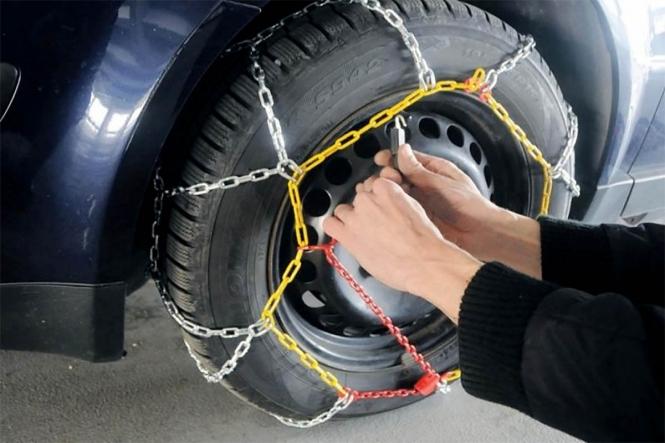 Vozači, oprez! Zimski uvjeti na cestama