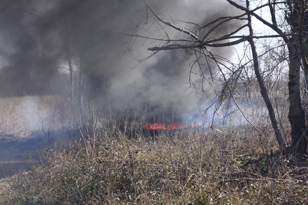 Nekontrolirani požari na imotskom području
