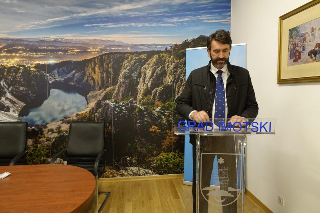 Grad Imotski donio plan mjera pomoći u suzbijanju šteta od koronavirusa