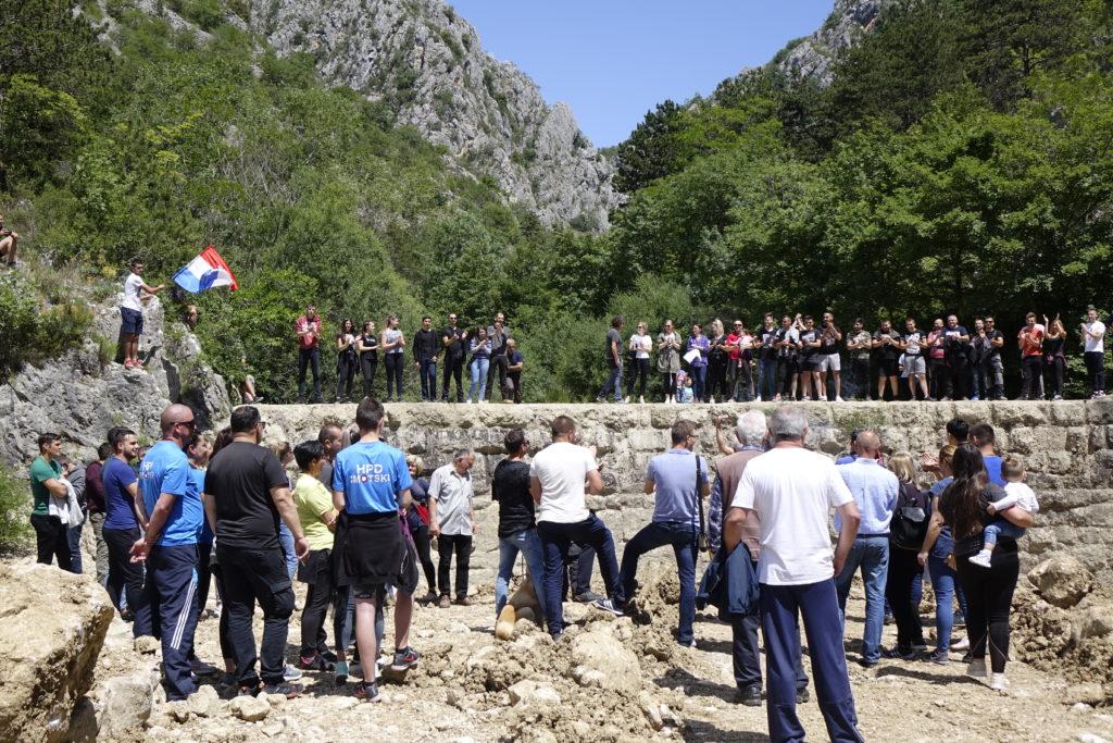 """Veliki prosvjed mještana Prološca: """"Spasimo naše Badnjavice!"""""""