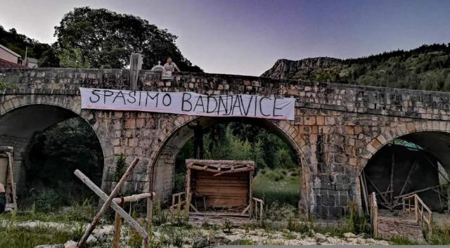 Organizirana mirna šetnja prema Badnjavicama, Proložani traže hitno prekidanje radova