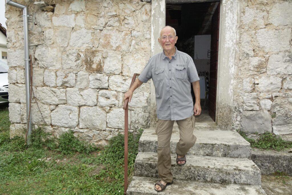 Životna priča Branka Škare (91), legendarnog profesora i ravnatelja imotske gimnazije: Moji su đaci bili i Bruno Bušić i Mate Babić