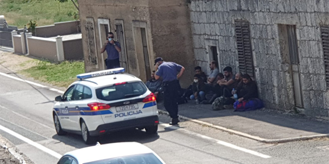 Čitatelj nam je poslao fotografiju iz Ciste Velike, što se može zaključiti iz policijskog odgovora?