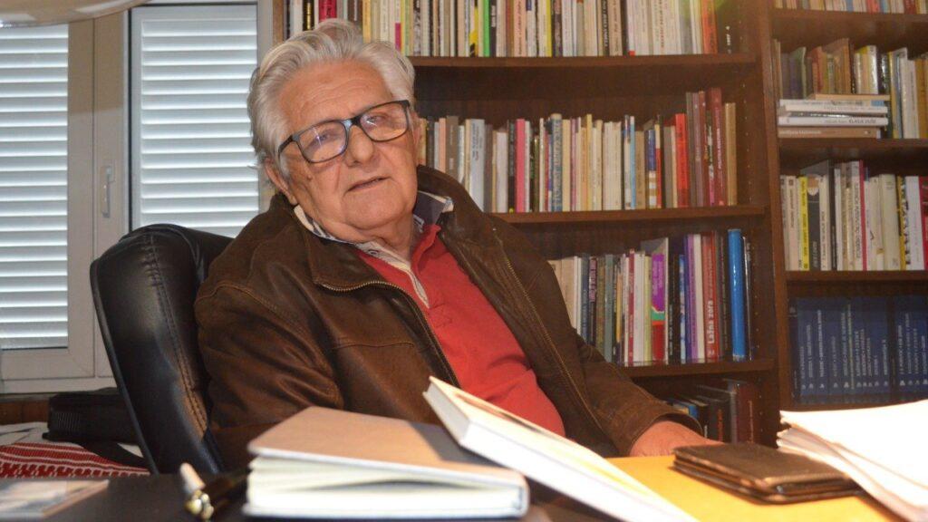 Fenomen Grubina: Bili smo kod Ante Žužula Marinovića, jednog od nekolicine pisaca koji Ujevića ima 'u malom prstu'…