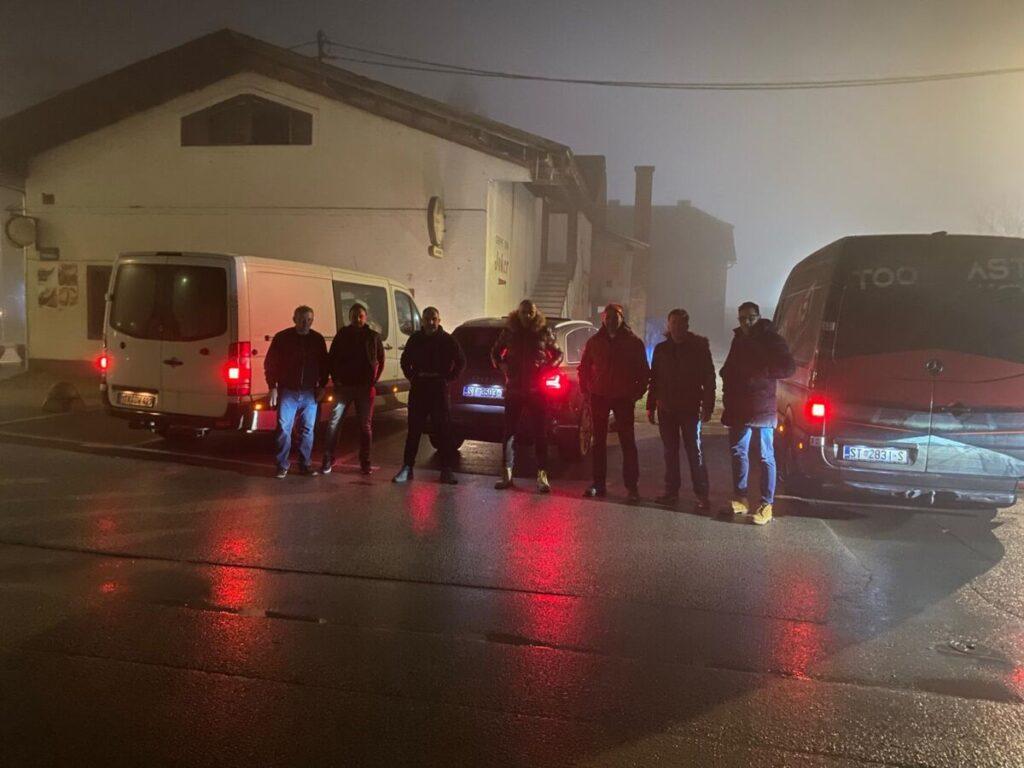 Imoćani dostavili humanitarnu pomoć u porušenu Glinu