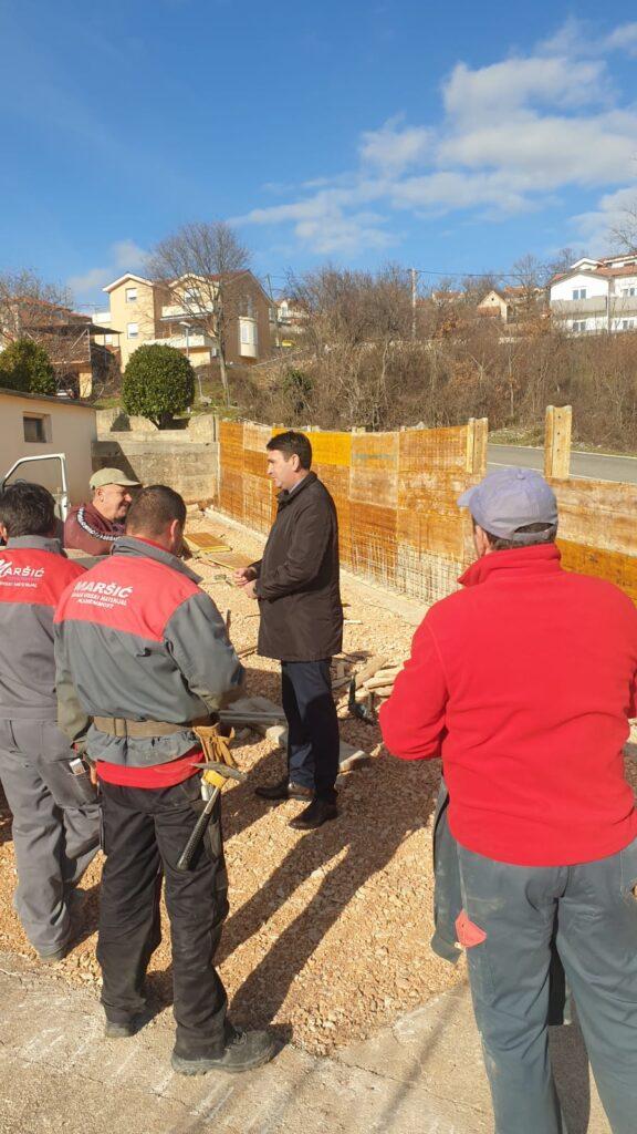 Radovi na rekonstrukciji krivine u naselju Bage – Mustapići