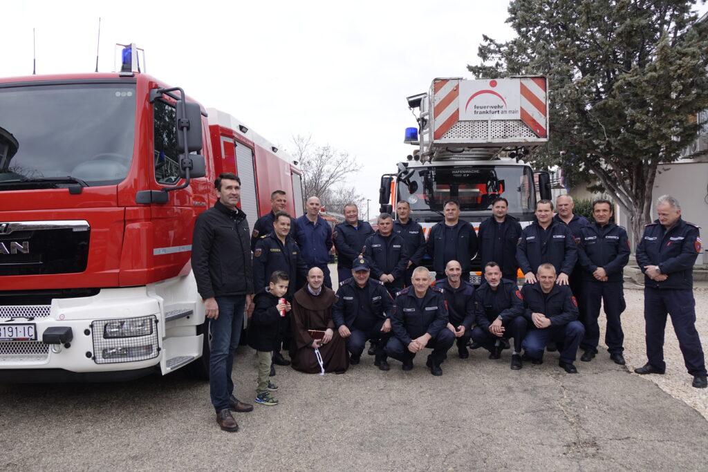 Vatrogascima predane donacije