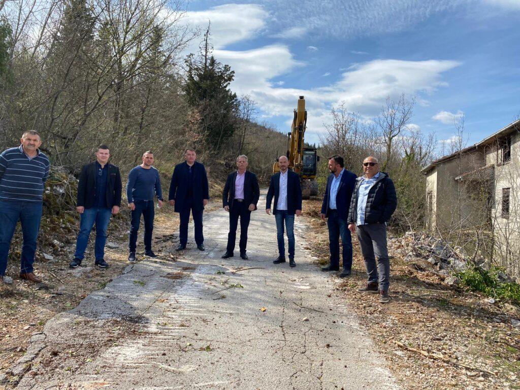 Općina Zmijavci: Rekonstrukcija županijske ceste Zmijavaci – Podosoje