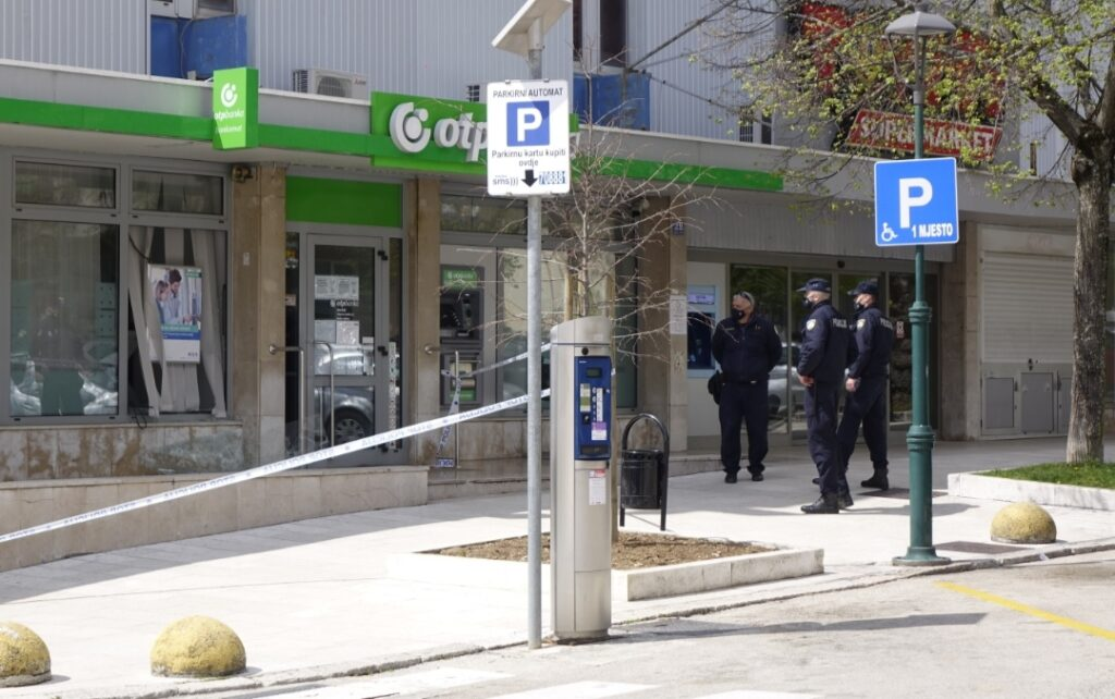 Dovršeno kriminalističko istraživanje nad državljaninom Rumunjske (28)
