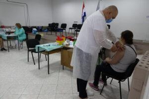 Otvoren punkt za cijepljenje u Imotskom