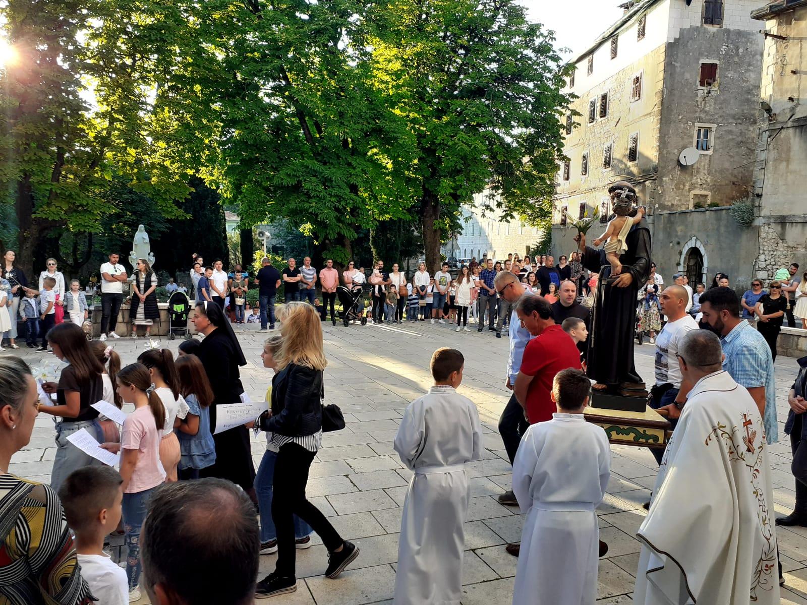 Svečano obilježen blagdan sv. Ante u Imotskoj krajini